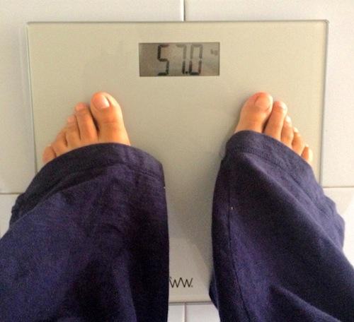 126 2 libras a kilos