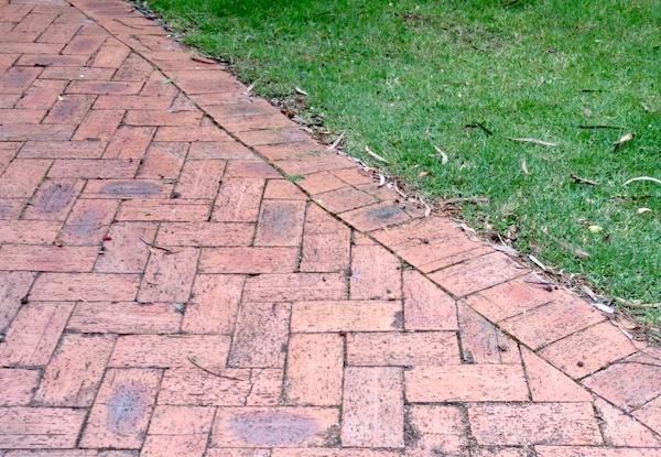 brick_drive